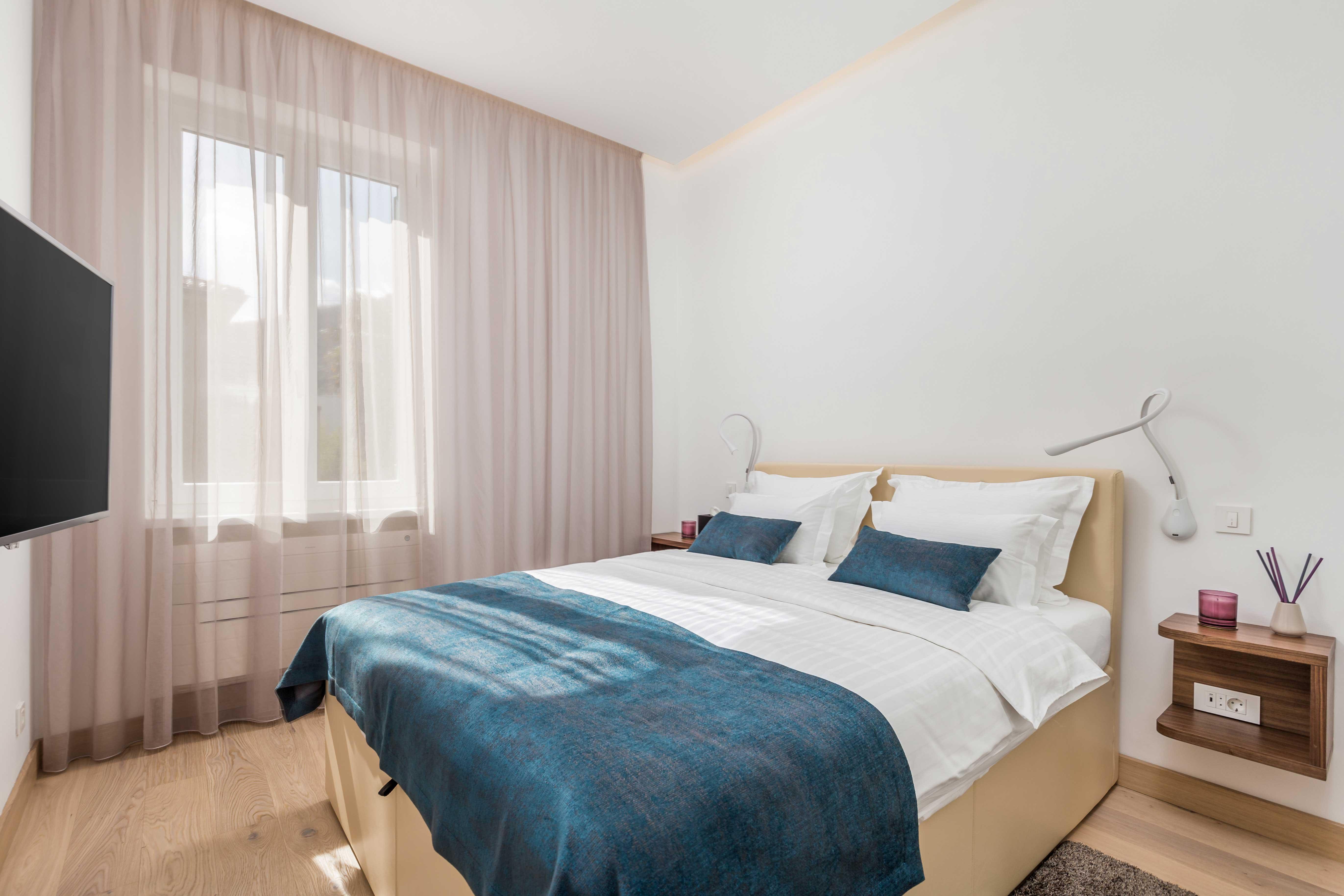 spavaća soba, bračni krevet, soba s TV-om, apartman OLA, opatija, kvarner