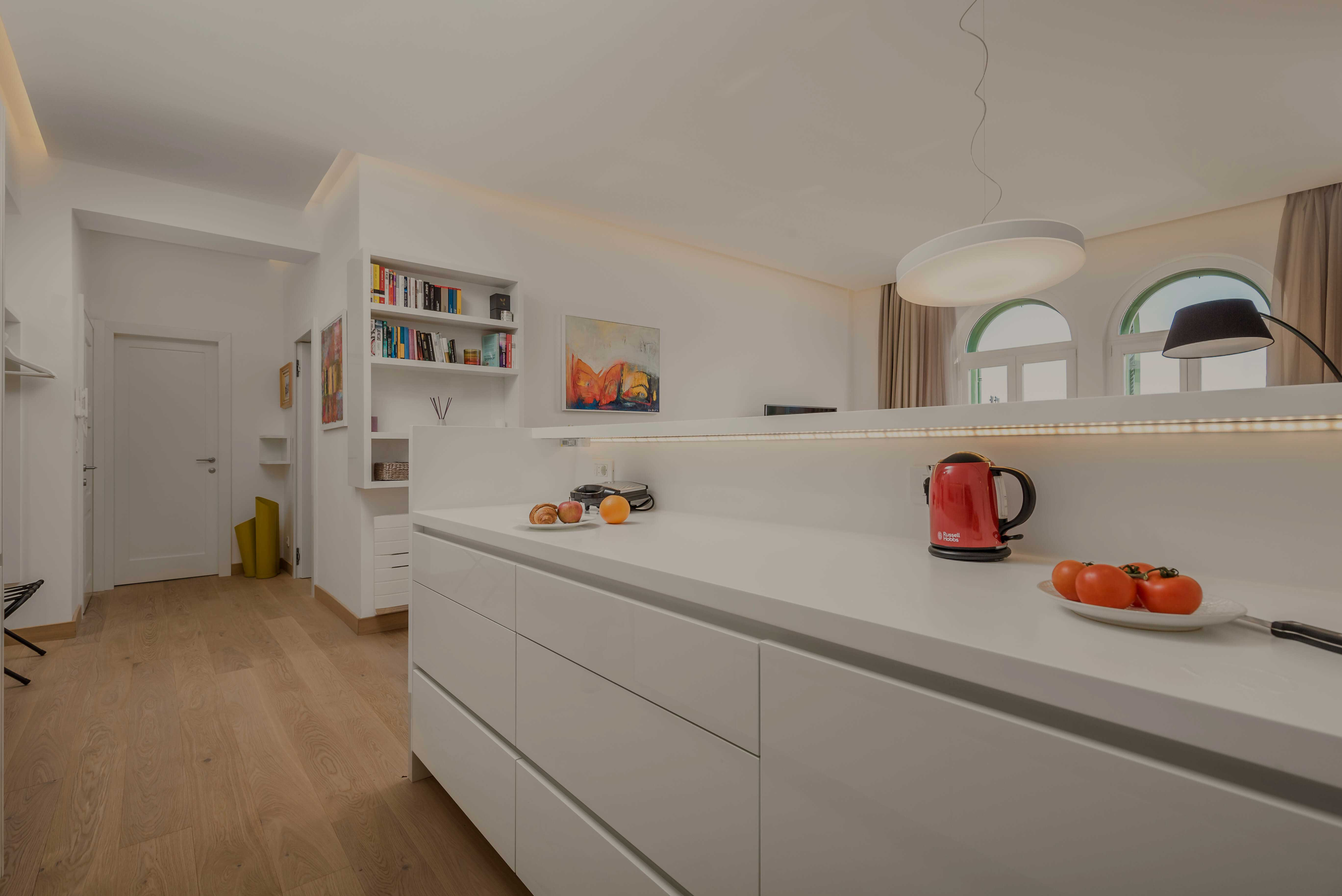 kuhinja, bijela kuhinja, apartman OLA, luksuzni apartman, opatija, kvarner, hrvatska